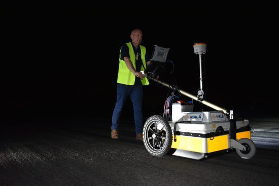 Man conducting large-scale mapping with 3D Imaging Radar Array