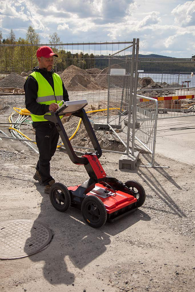Utility locating with MALÅ Easy Locator Pro WideRange HDR GPR